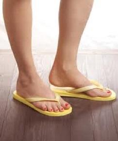Родинки между пальцами ног и их безопасное удаление разными методами